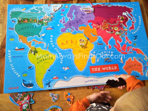 Janod World Map Puzzle